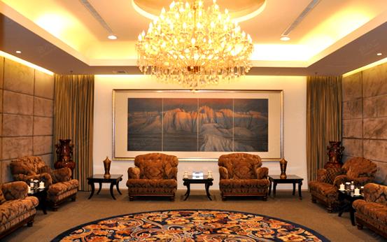 青岛海情大酒店会议室,会议酒店预定,会小二:400-991
