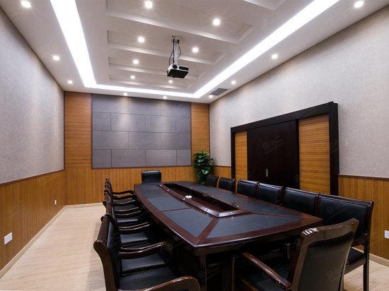 u型 董事会 鱼骨式 岛屿式 100 - - - 100 - - - - 查看档期 小会议室图片