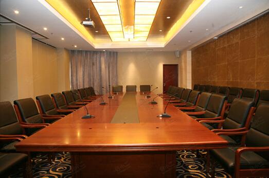 第十一会议室 会议室面积:  84平方米所在楼层:  5会议室层高:  2.