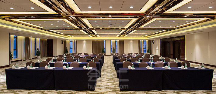 四川万事兴凤凰国际酒店会议室,会议酒店预定,会小二