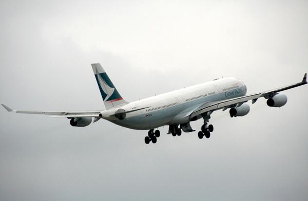 国泰航空发了100万趟多的飞机